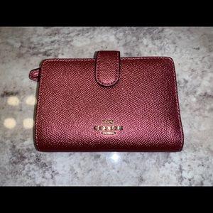 Coach Medium Wallet Metallic Antique Blush